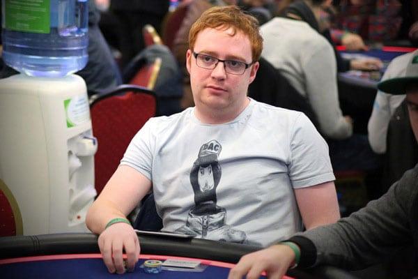 нэил фаррел профессиональный покерист из шотландии